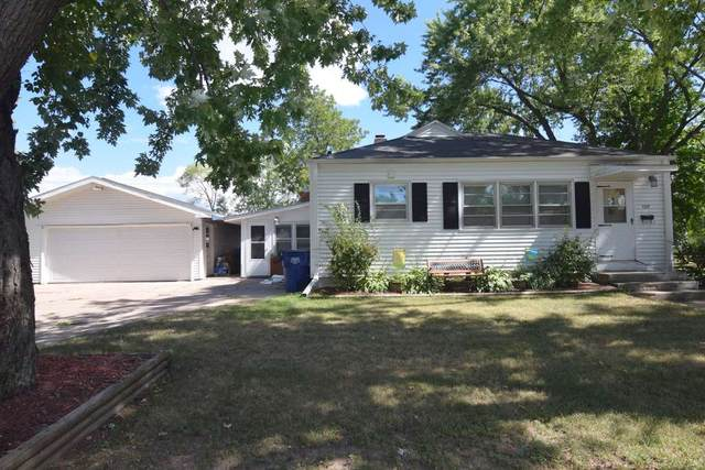 128 Robert Street, Clintonville, WI 54929 (#50229202) :: Carolyn Stark Real Estate Team