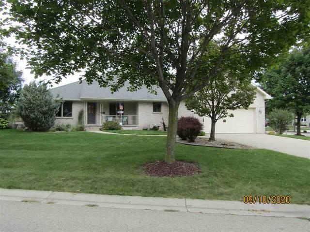 4006 Frobisher Fields, Oneida, WI 54155 (#50229215) :: Ben Bartolazzi Real Estate Inc