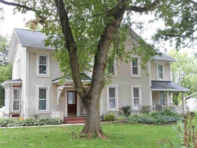 1017 S Webster Avenue, Omro, WI 54963 (#50229228) :: Carolyn Stark Real Estate Team
