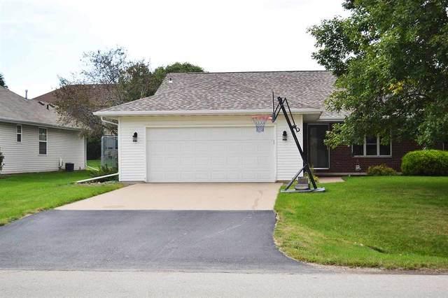 W2804 Brookhaven Drive, Appleton, WI 54915 (#50229296) :: Carolyn Stark Real Estate Team