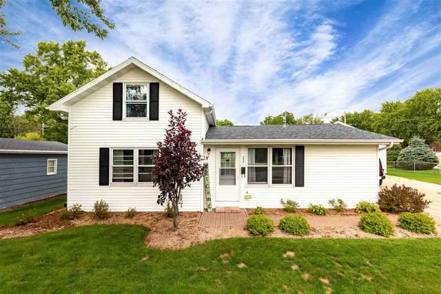 335 E River Drive, Omro, WI 54963 (#50229321) :: Carolyn Stark Real Estate Team