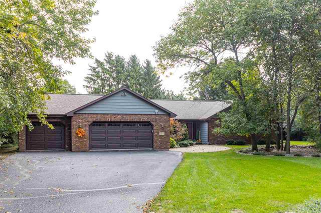 1894 Scarlet Oak Trail, Oshkosh, WI 54904 (#50229332) :: Ben Bartolazzi Real Estate Inc