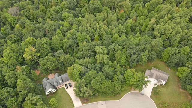 983 Thomas Trail, Waupaca, WI 54981 (#50229343) :: Dallaire Realty