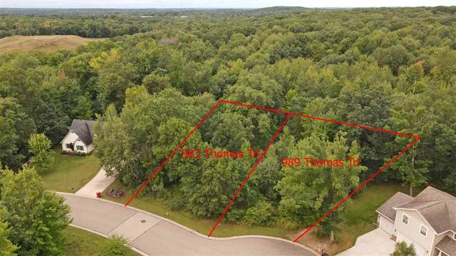 989 Thomas Trail, Waupaca, WI 54981 (#50229346) :: Dallaire Realty