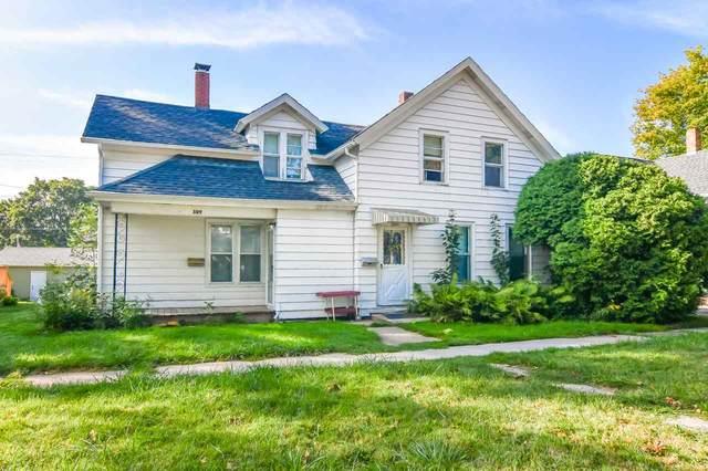 309 W 6TH Street, Kaukauna, WI 54130 (#50229421) :: Todd Wiese Homeselling System, Inc.