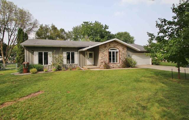 2735 Newberry Avenue, Green Bay, WI 54302 (#50229486) :: Symes Realty, LLC
