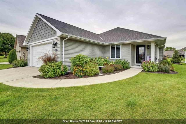 2025 Wisteria Circle, Green Bay, WI 54313 (#50229523) :: Dallaire Realty