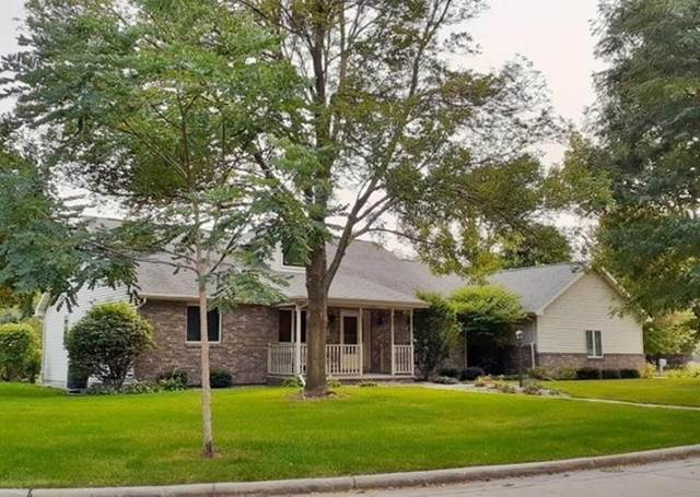 1 Rustic Court, Appleton, WI 54911 (#50229524) :: Todd Wiese Homeselling System, Inc.