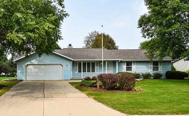 2807 Oslo Drive, Green Bay, WI 54311 (#50229525) :: Carolyn Stark Real Estate Team