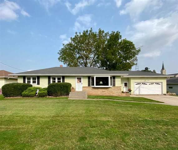 N9313 Hwy W, Fond Du Lac, WI 54937 (#50229530) :: Carolyn Stark Real Estate Team