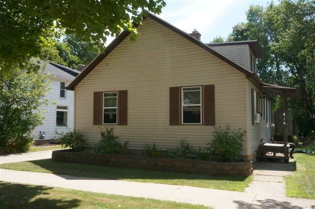 420 Center Street, Kewaunee, WI 54216 (#50229561) :: Carolyn Stark Real Estate Team