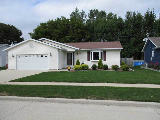 3230 Samuel Road, Manitowoc, WI 54220 (#50229606) :: Town & Country Real Estate