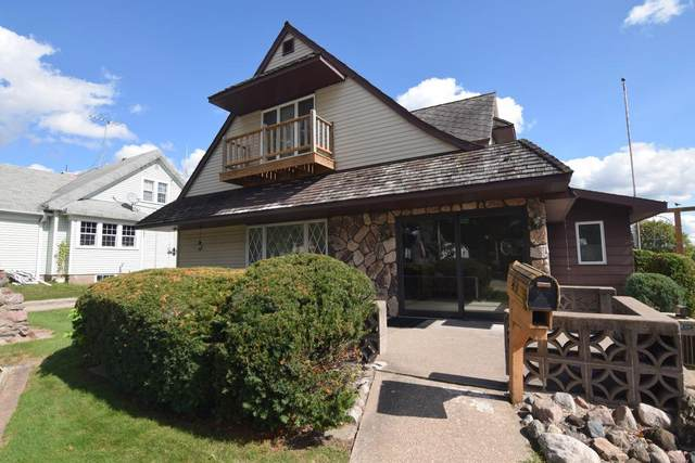 24 N Main Street, Clintonville, WI 54929 (#50229622) :: Carolyn Stark Real Estate Team
