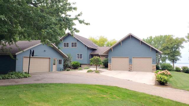 N6495 Harrison Road, Hilbert, WI 54139 (#50229639) :: Todd Wiese Homeselling System, Inc.