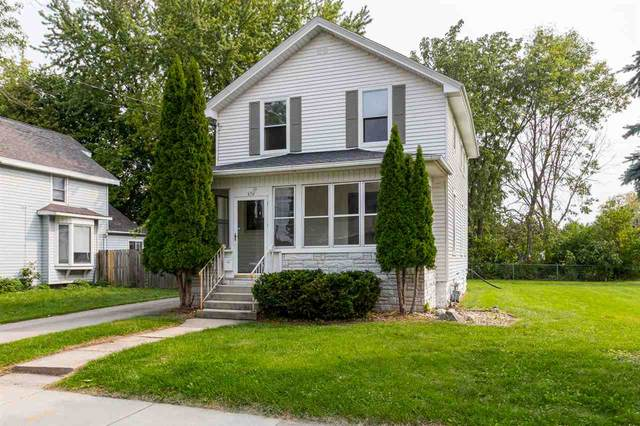 676 Grand Street, Oshkosh, WI 54901 (#50229668) :: Todd Wiese Homeselling System, Inc.