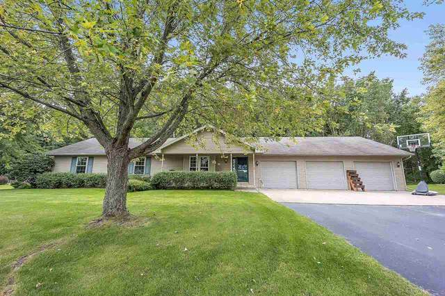 2107 Meadow Heights Trail, Green Bay, WI 54313 (#50229675) :: Symes Realty, LLC
