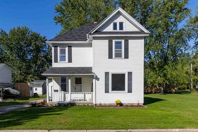 309 Lyon Street, New London, WI 54961 (#50229677) :: Carolyn Stark Real Estate Team