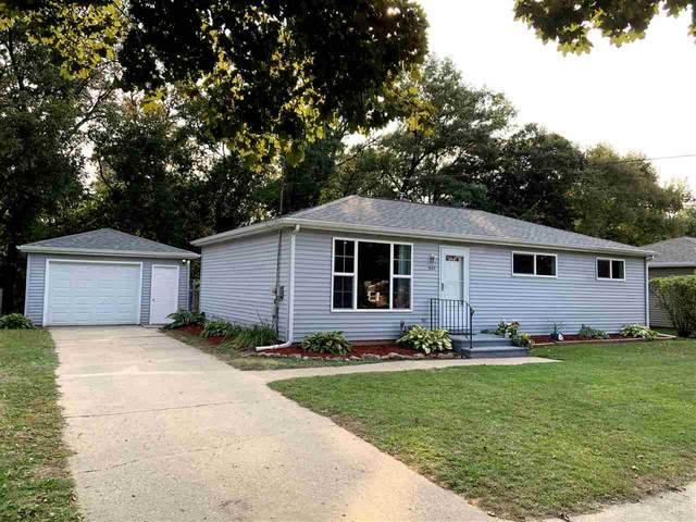 1665 Birch Street, Green Bay, WI 54304 (#50229683) :: Todd Wiese Homeselling System, Inc.