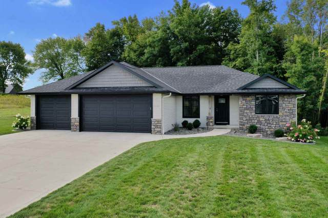 3335 Shawano Avenue, Green Bay, WI 54313 (#50229737) :: Carolyn Stark Real Estate Team