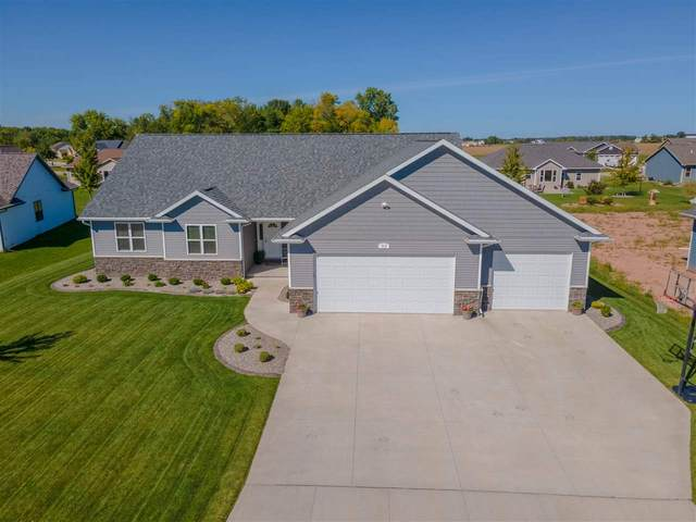 313 Butterfield Court, Wrightstown, WI 54180 (#50229758) :: Dallaire Realty