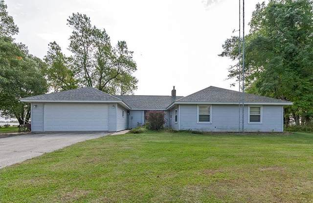 305 W Bay Shore Street, Marinette, WI 54143 (#50229777) :: Todd Wiese Homeselling System, Inc.