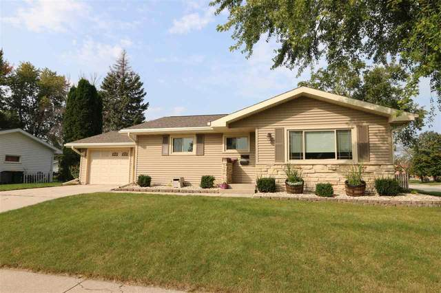 1011 Adams Avenue, North Fond Du Lac, WI 54937 (#50229779) :: Todd Wiese Homeselling System, Inc.