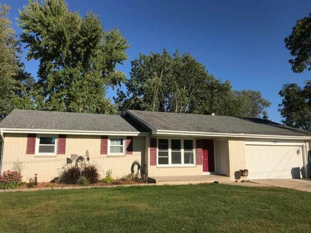 312 Johnson Street, Pulaski, WI 54162 (#50229804) :: Town & Country Real Estate