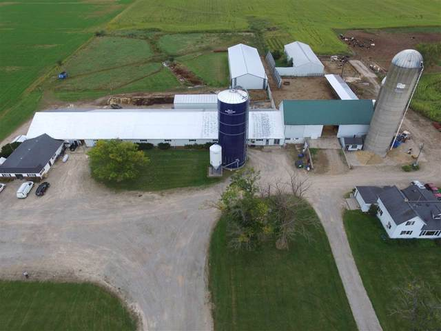N2454 Hwy 55, Kaukauna, WI 54130 (#50229816) :: Town & Country Real Estate
