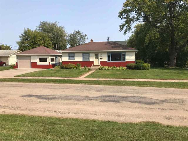 730 Cedar Street, Neenah, WI 54956 (#50229832) :: Dallaire Realty