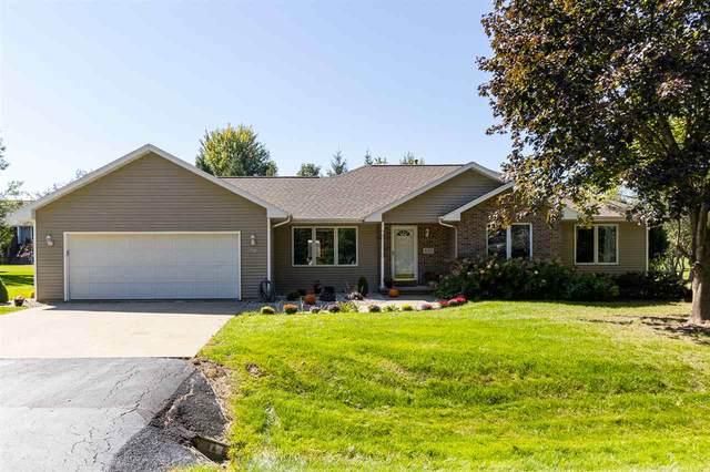 4415 Bellhaven Lane, Oshkosh, WI 54904 (#50229889) :: Carolyn Stark Real Estate Team