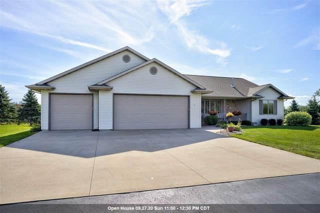 20 Wyldeberry Lane, Oshkosh, WI 54904 (#50229913) :: Carolyn Stark Real Estate Team