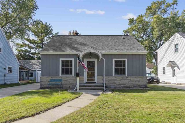 1707 N Harriman Street, Appleton, WI 54911 (#50229920) :: Dallaire Realty