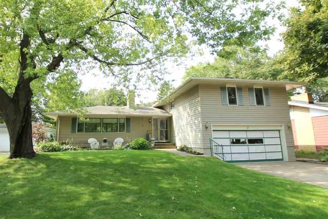 1703 Doemel Street, Oshkosh, WI 54901 (#50229936) :: Carolyn Stark Real Estate Team