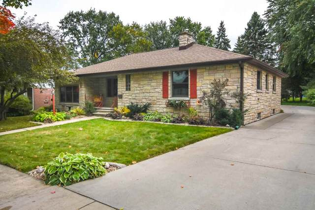 1239 Division Street, Green Bay, WI 54303 (#50229977) :: Dallaire Realty