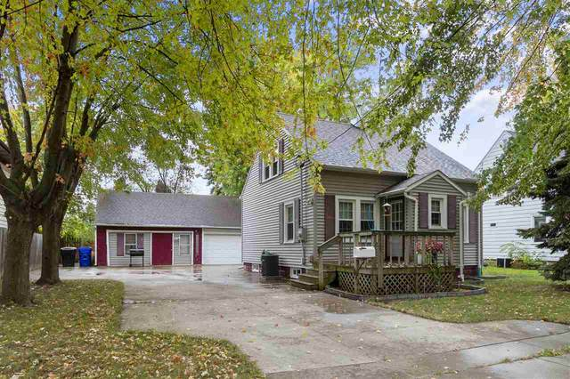 1725 W Rogers Avenue, Appleton, WI 54914 (#50229999) :: Dallaire Realty
