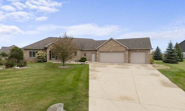 N1371 Winds End Lane, Greenville, WI 54942 (#50230000) :: Dallaire Realty
