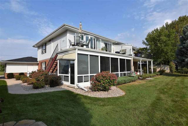 2422 Bowen Street, Oshkosh, WI 54901 (#50230016) :: Ben Bartolazzi Real Estate Inc