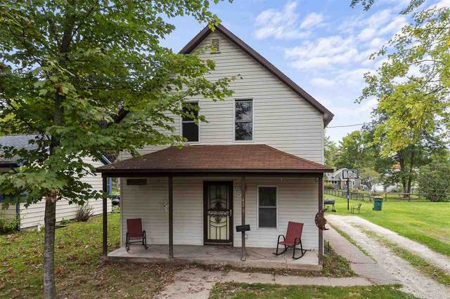 426 North Street, Waupaca, WI 54981 (#50230017) :: Dallaire Realty