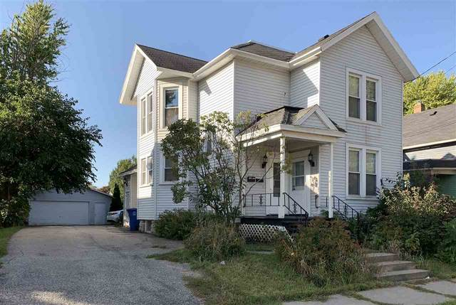 323 W South Park Avenue, Oshkosh, WI 54902 (#50230029) :: Todd Wiese Homeselling System, Inc.