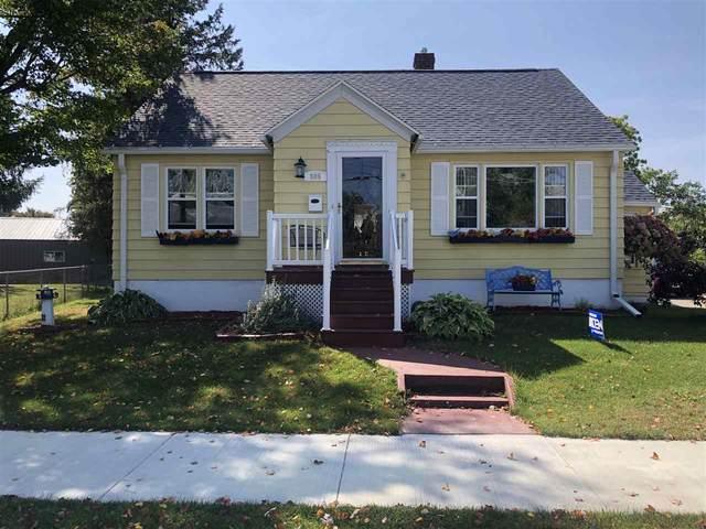 509 Mcdonald Street, Oconto, WI 54153 (#50230049) :: Carolyn Stark Real Estate Team