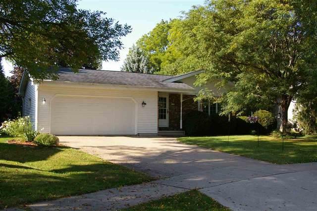 1185 W 19TH Avenue, Oshkosh, WI 54902 (#50230077) :: Carolyn Stark Real Estate Team