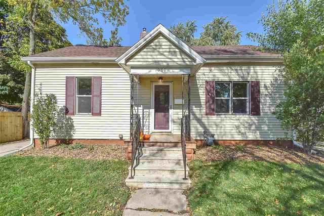 1060 Dousman Street, Green Bay, WI 54303 (#50230090) :: Carolyn Stark Real Estate Team