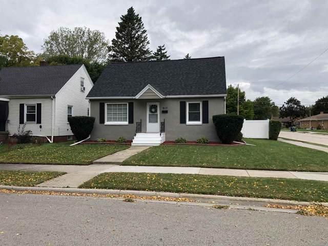 917 Neville Avenue, Green Bay, WI 54303 (#50230091) :: Carolyn Stark Real Estate Team
