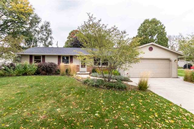 506 Larry Lane, Green Bay, WI 54311 (#50230097) :: Carolyn Stark Real Estate Team