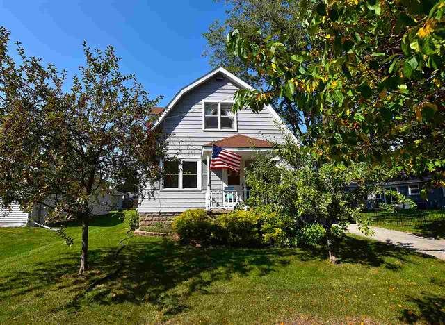 1427 Evans Street, Oshkosh, WI 54901 (#50230099) :: Carolyn Stark Real Estate Team