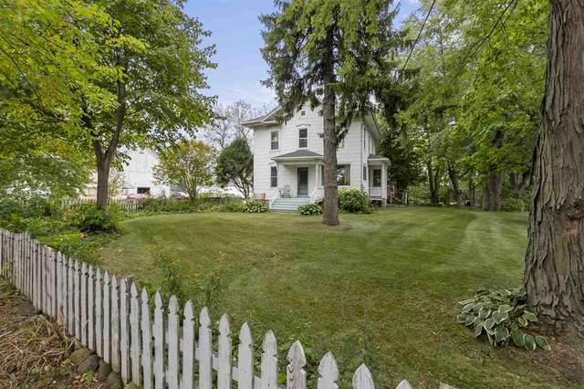 6742 Hwy 76, Neenah, WI 54956 (#50230107) :: Carolyn Stark Real Estate Team