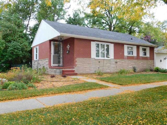 1019 Elizabeth Street, Green Bay, WI 54302 (#50230117) :: Carolyn Stark Real Estate Team