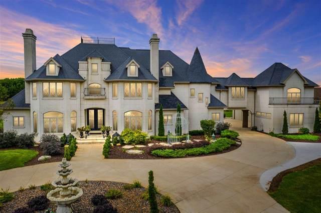 7917 Jewel Drive, Neenah, WI 54956 (#50230120) :: Carolyn Stark Real Estate Team