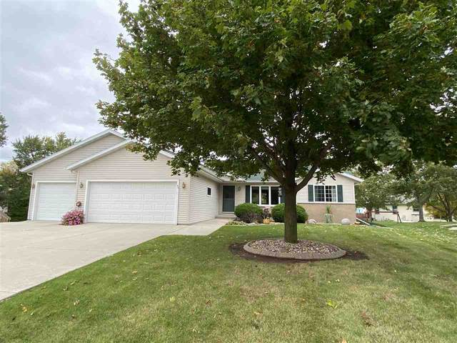 93 Yacoub Lane, Fond Du Lac, WI 54935 (#50230163) :: Carolyn Stark Real Estate Team