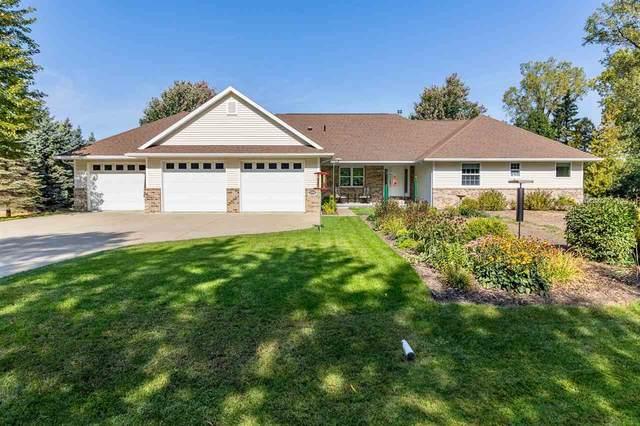 5148 Sand Pit Lane, Oshkosh, WI 54904 (#50230166) :: Ben Bartolazzi Real Estate Inc